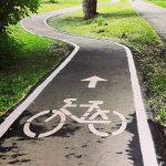 Piste pentru biciclete într-o singură direcţie