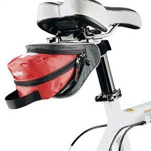 Trusa medicală pentru bicicletă amplasată sub șa